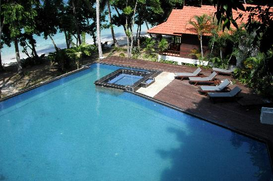 D'Coconut Lagoon: pool west wing