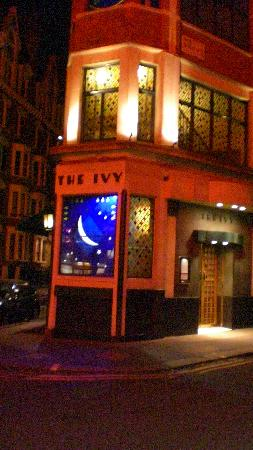 The Ivy, forbidden to take photos inside