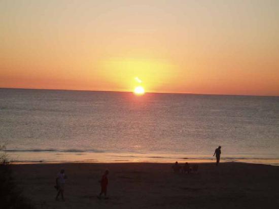 Hotel Playa Grande: Atardecer en el Hotel