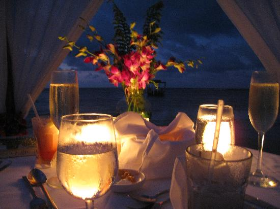 Sandals Ochi Beach Resort : Private Candelight Dinner