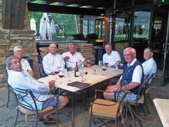 Vista at Arrowhead : Outdoor seating at Vista