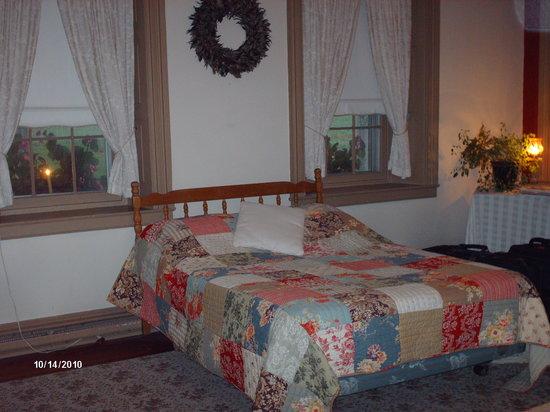Ben Mar Farm Bed & Breakfast: bedroom area