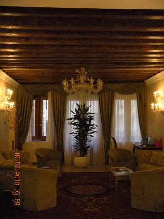 Hotel Al Duca di Venezia: lobby