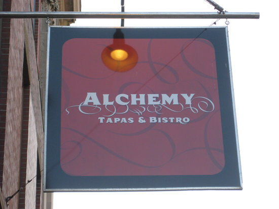 Alchemy : A great place for foodies and couples
