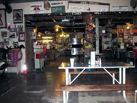 KD's Bar-B-Q: View towards the pickle bar