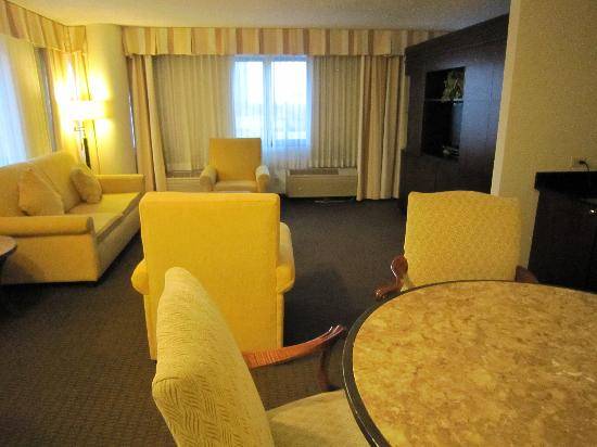 Working Desk And Tv Area Picture Of Doubletree By Hilton Hotel