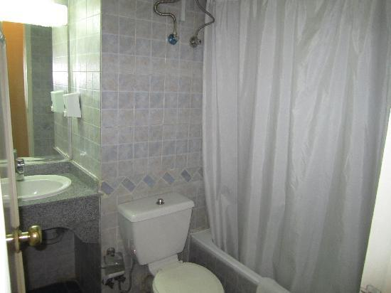 Nile Hotel Aswan : Bathroom