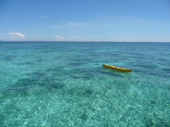 Pulau Mantanani Besar, Malasia: Blue water