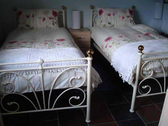 Glaven River Barns : Twin Room