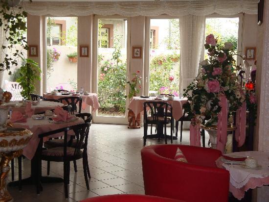 Astoria Hotel: The Breakfast Room