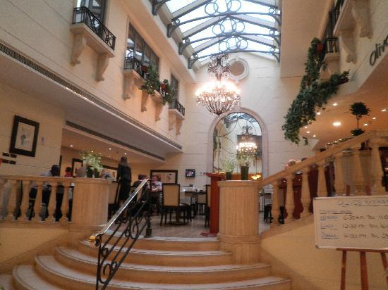 Radisson Blu Martinez Hotel, Beirut: Restaurant of the Hotel