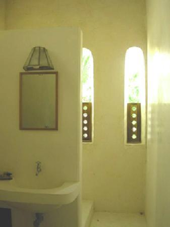 Subira House: Bath room room 4