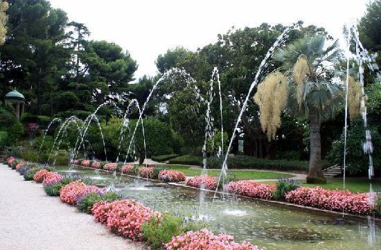 Villa & Jardins Ephrussi de Rothschild : Part of the timed water display