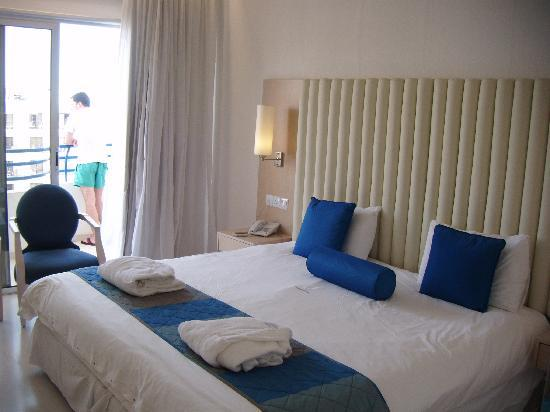 Vrissiana Beach Hotel : DOUBLE STANDARD ROOM
