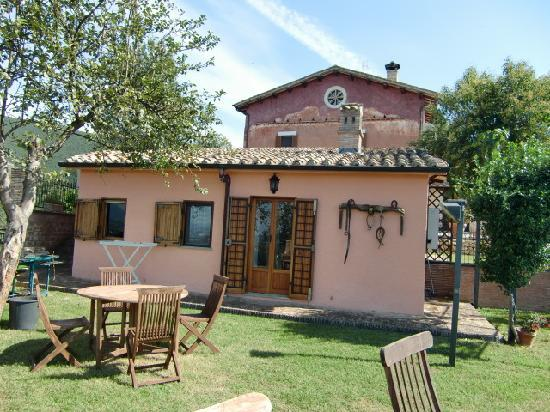 Poggio Mirteto, Italy: Our beautiful cottage at Villa Oria