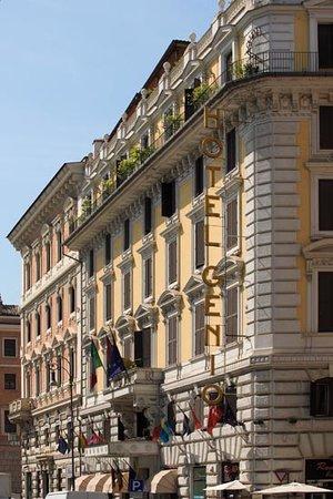 Genio Hotel: Ingresso lato Piazza Navona