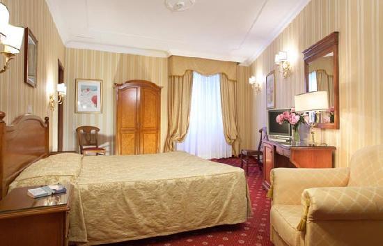 โรงแรมเจเนีย: Camera matrimoniale