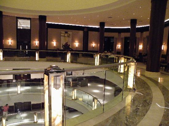 Stella Di Mare Beach Hotel & Spa: Lobby Bar.