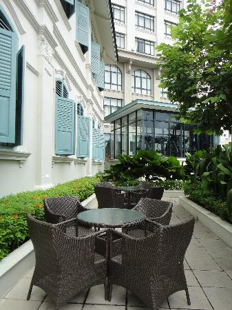 The Majestic Malacca: Patio in front of mansion with modern wing in background