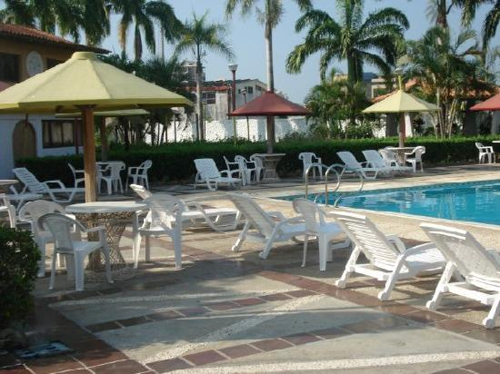 Hotel Manaure: piscina