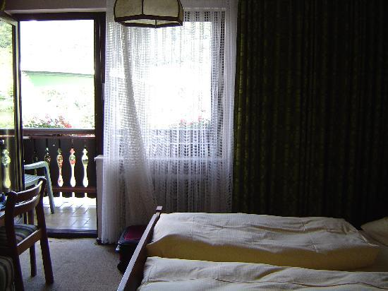 Hotel Traube: bedroom
