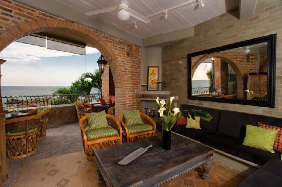 Casa Tres Vidas: Vida Mar Sala / Living Room