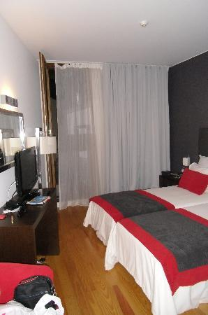 ARTS IN Hotel Conde Carvalhal: Our room