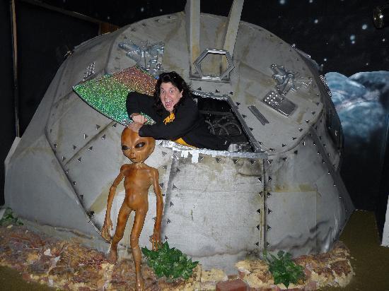 Area 51 exhibit - Picture of Alien Zone Area 51, Roswell ...