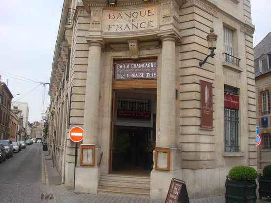 La Banque : 680118