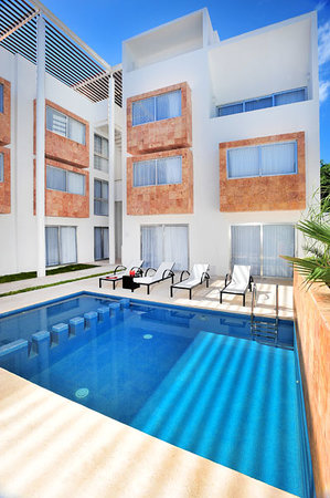 Hotel Bambu Suites: Alberca