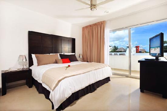 Hotel Bambu Suites: Habitacion