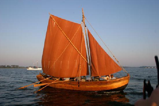 ‪‪Reedville‬, فيرجينيا: The 1608 John Smith shallop replica‬