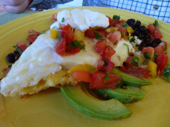 Acacia House Inn: The Southwestern polenta breakfast was to die for!