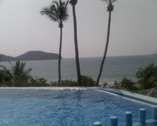 كاتالينا بيتش ريزورت: vista del hotel
