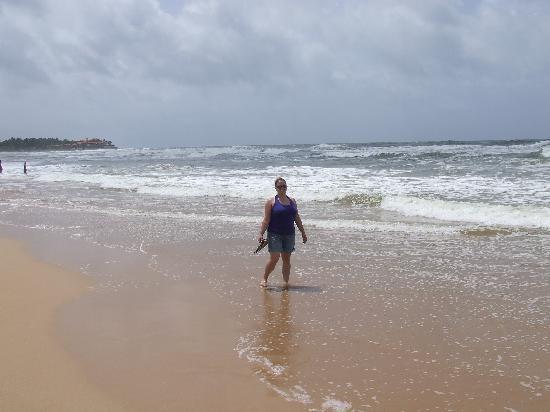Shangri-Lanka Villa: Bentota Beach