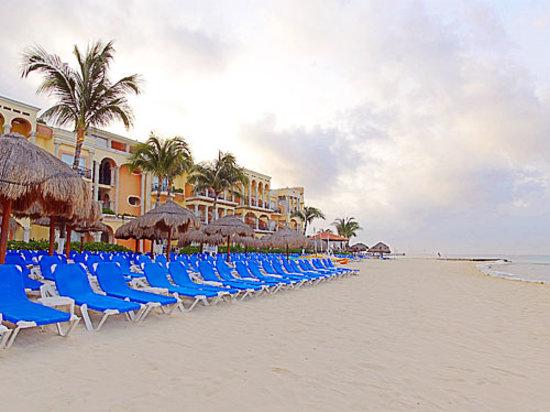 Gran Luxury Playa del Carmen Beach