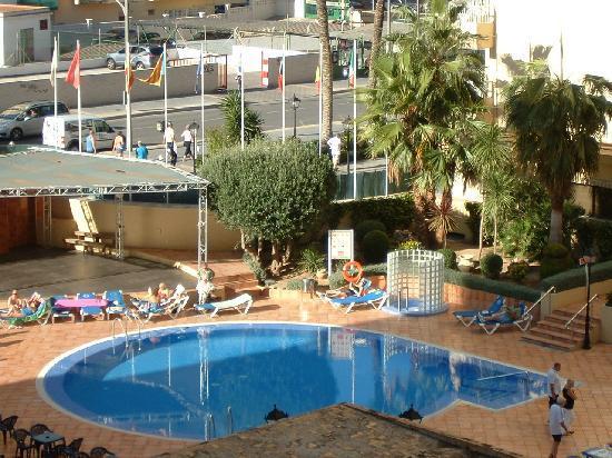 Sol Pelícanos Ocas: pool inbetween hotels
