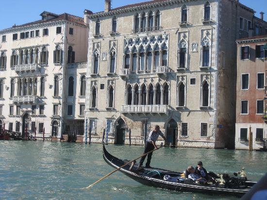 Liassidi Palace Hotel : A View from a Gondola