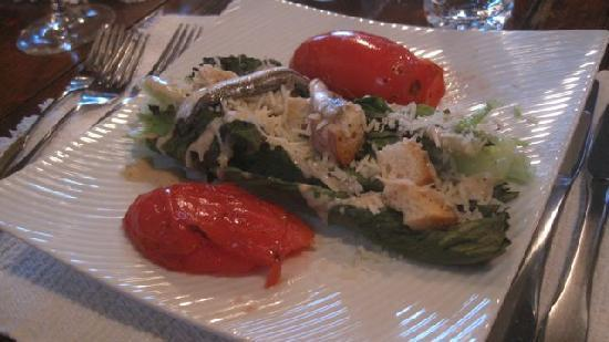 Highlands, NC: Grilled Ceasar Salad with Anchoives and Tomato. Super on a rainy, foggy fall evening at the Lake