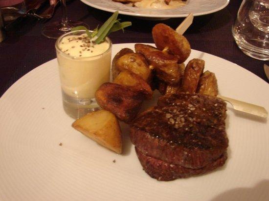 Vin Chai Moi: Steak Frites
