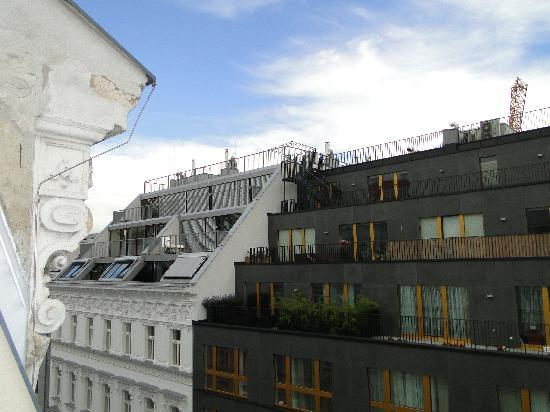 Savoy Hotel Vienna: view from balcon