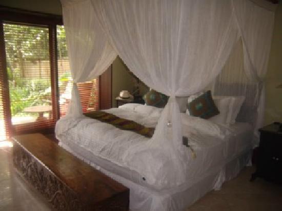 Puri Tupai: Main Bedroom
