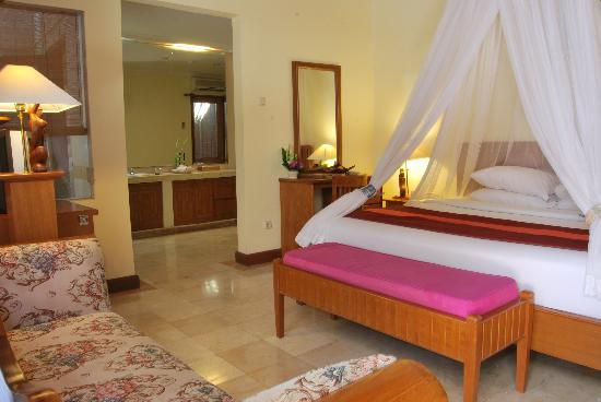 Parigata Villas Resort: The bedroom