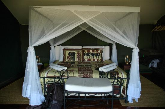 Ngorongoro Forest Tented Lodge: double room