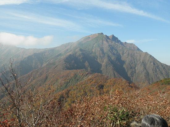ยูซาวะ-มาชิ , ญี่ปุ่น: 天神峠から見た谷川岳
