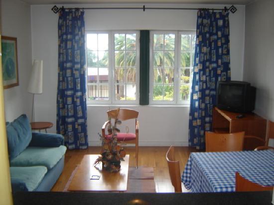 Apartamentos Turísticos Avenue Park : Sala de estar