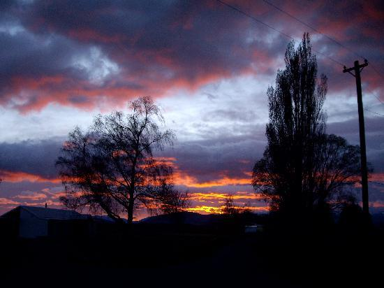 Twizel, New Zealand: Sunrise
