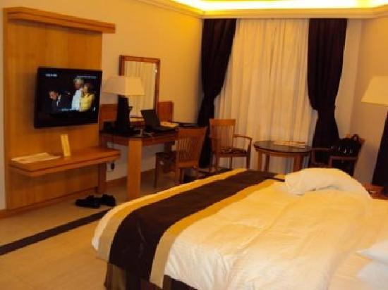 Ramada Qurum Beach: Room 2