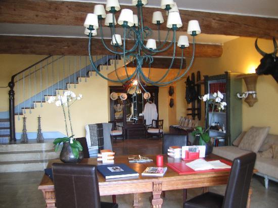 Hotel Le Mas de Peint: Lobby