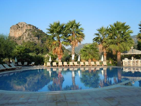 Dalyan Resort: Poolside at Dalyan